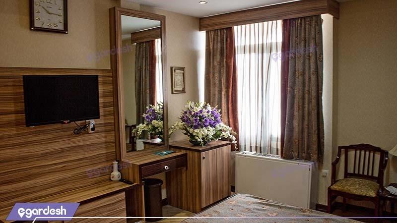 اتاق دو تخته هتل بادله