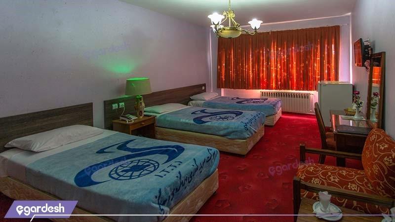 اتاق سه نفره هتل جهانگردی شهرکرد