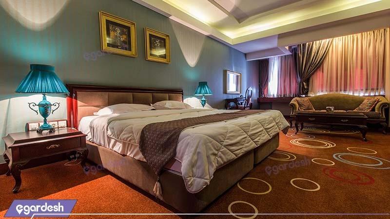 اتاق دبل هتل بزرگ شیراز