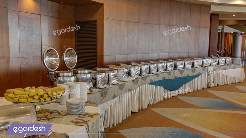 رستوران ایرانی هتل بزرگ