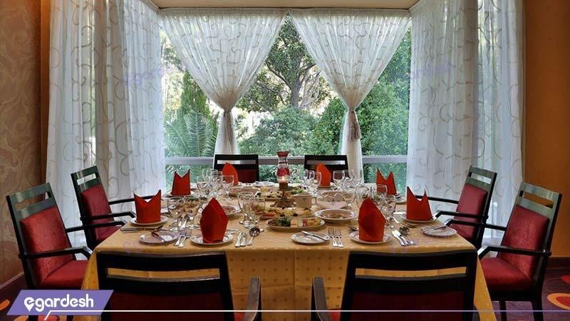 میز شام هتل هما شیراز