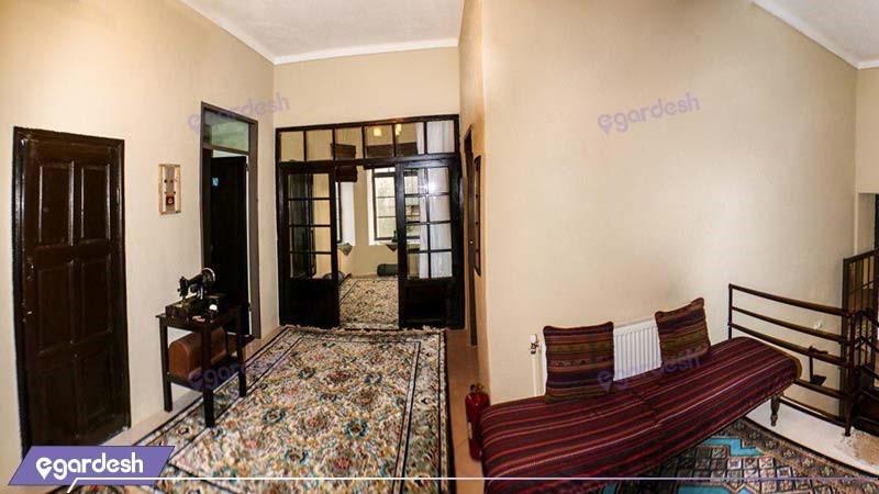 لابی اقامتگاه بوم گردی خانه باغ ایرانی