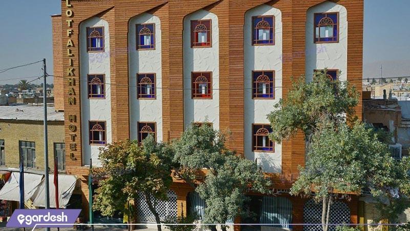 نمای ساختمان هتل لطفعلی خان