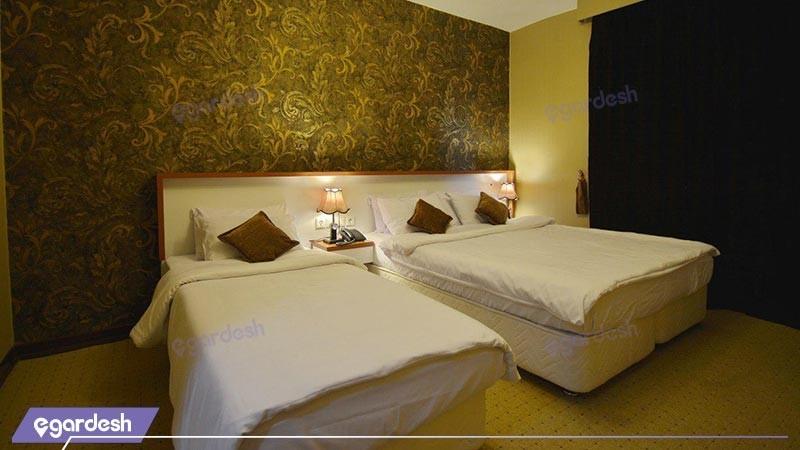 اتاق سه تخته هتل لطفعلی خان