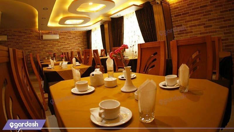 رستوران هتل نصیرالملک