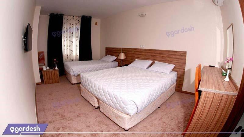 اتاق سه نفره هتل نصیرالملک