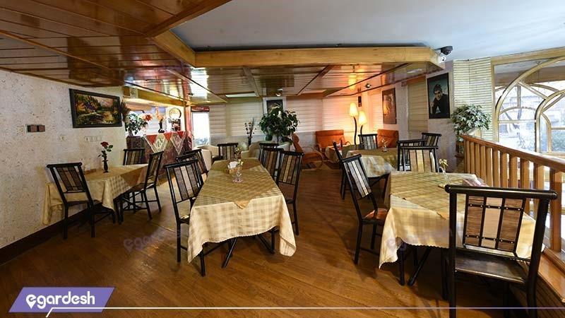 کافی شاپ هتل پارسیان شیراز