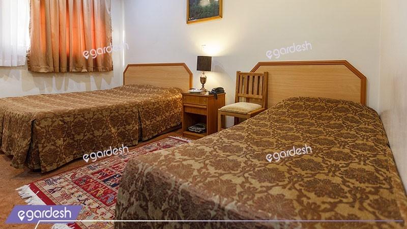 اتاق دو تخته تویین هتل ساسان
