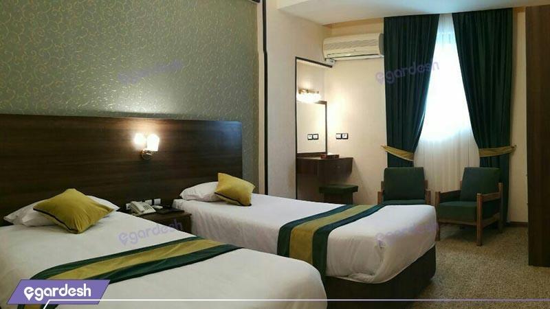 اتاق سه تخته هتل تالار