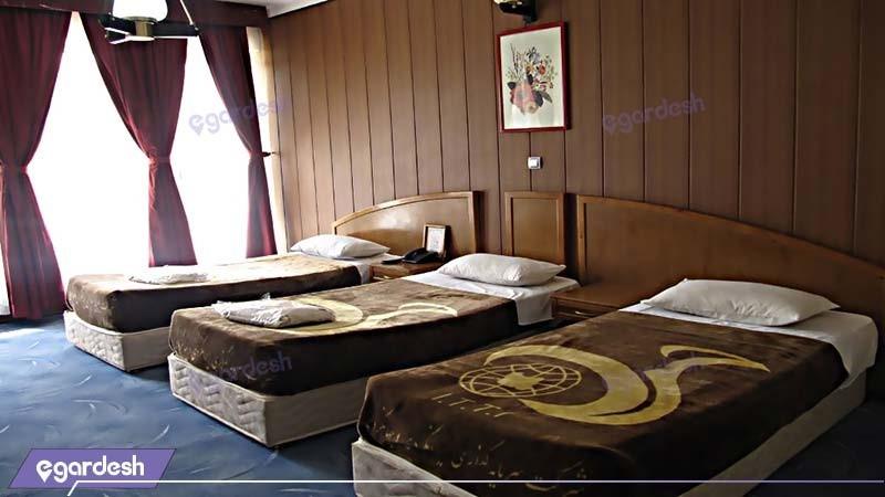 اتاق سه تخته مجتمع جهانگردی شیراز