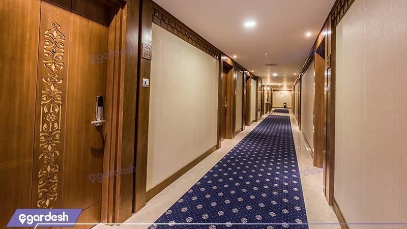 راهرو هتل زندیه