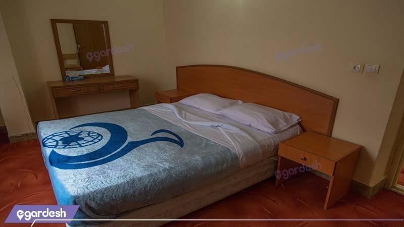 اتاق دبل هتل جهانگردی سیرجان