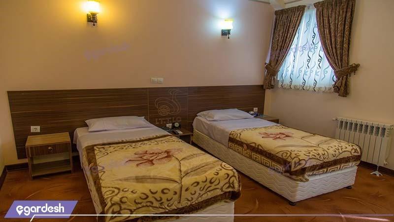 اتاق دو نفره هتل جهانگردی سیرجان