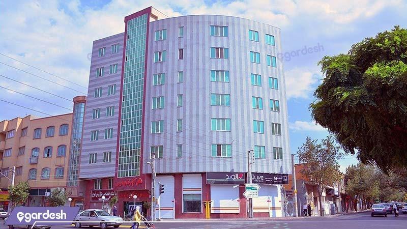 نمای ساختمان هتل آپارتمان ارس