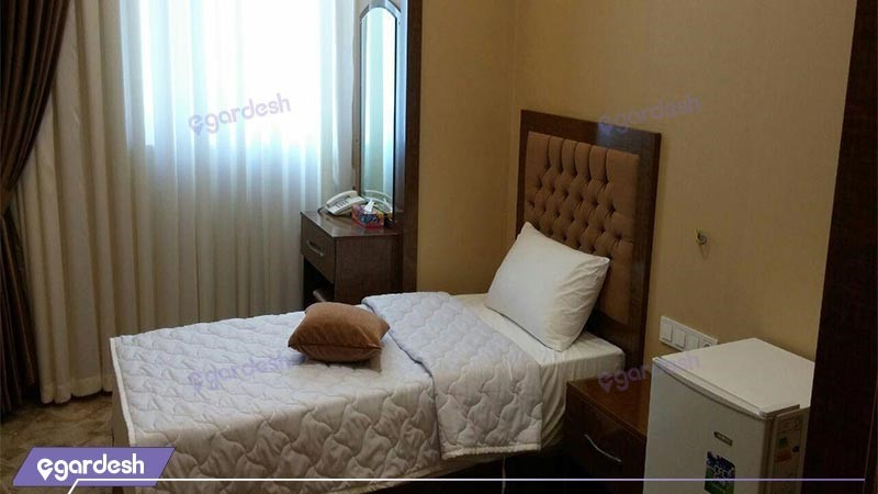 اتاق یک تخته هتل آزادی