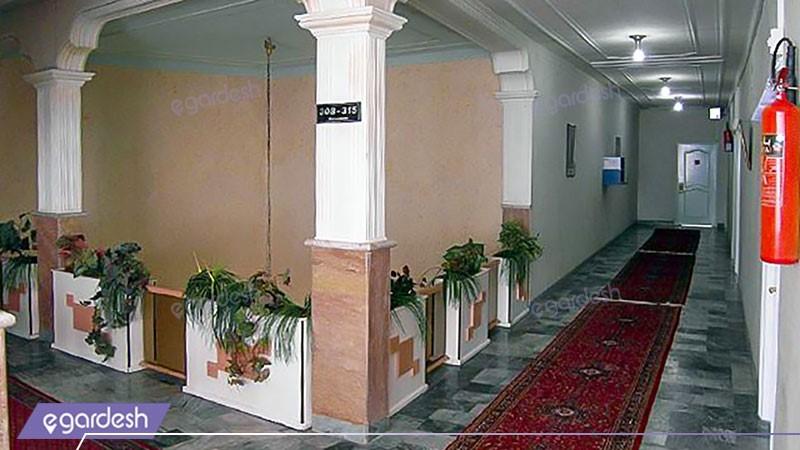 راهرو هتل آذربایجان