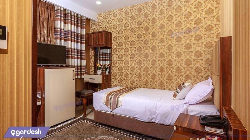 اتاق یک تخته هتل بهار