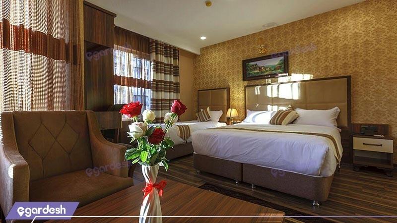 اتاق سه تخته هتل بهار