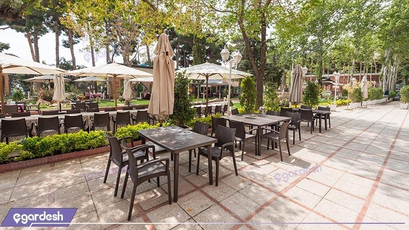 رستوران فضای باز هتل بلوط