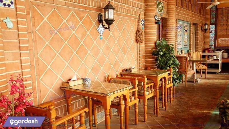 رستوران سنتی هتل بلور