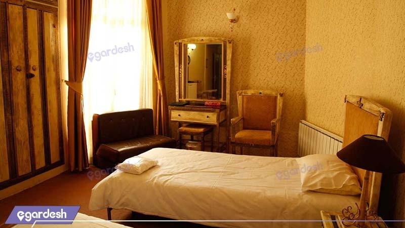 اتاق دو تخته هتل بلور