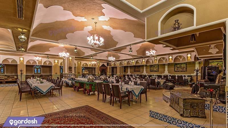 رستوران سنتی هتل اسپیناس خلیج فارس