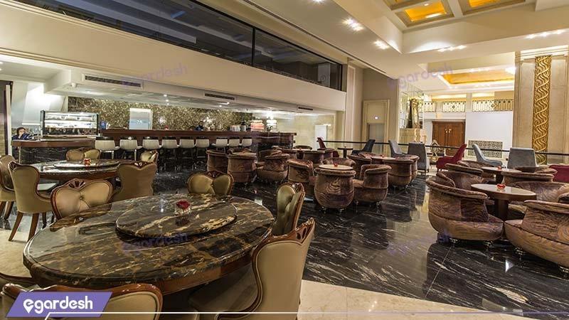 کافی شاپ هتل اسپیناس پالاس