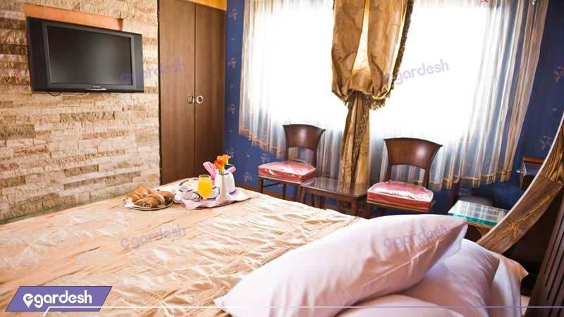اتاق دبل VIP هتل بزرگ فردوسی