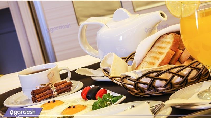 صبحانه رستوران هتل هویزه
