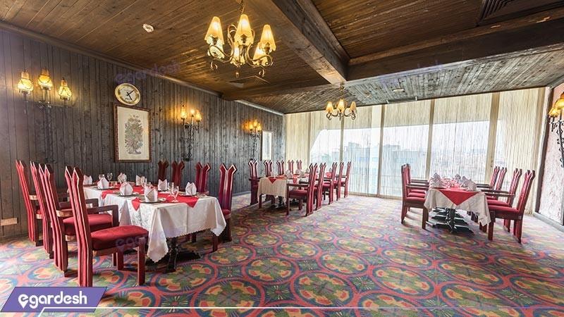رستوران روتیسری هتل لاله