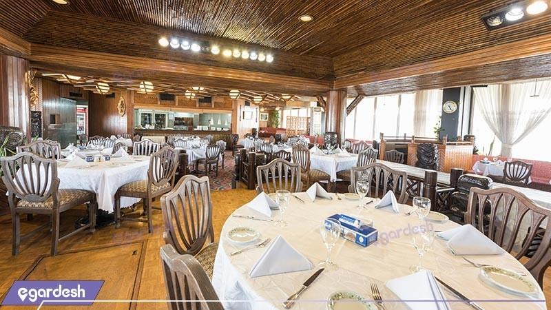 رستوران تیاره هتل لاله