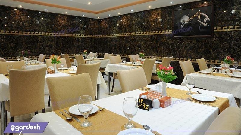رستوران هتل مینا