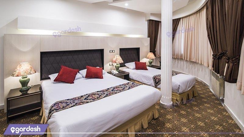 اتاق سه تخته هتل مروارید