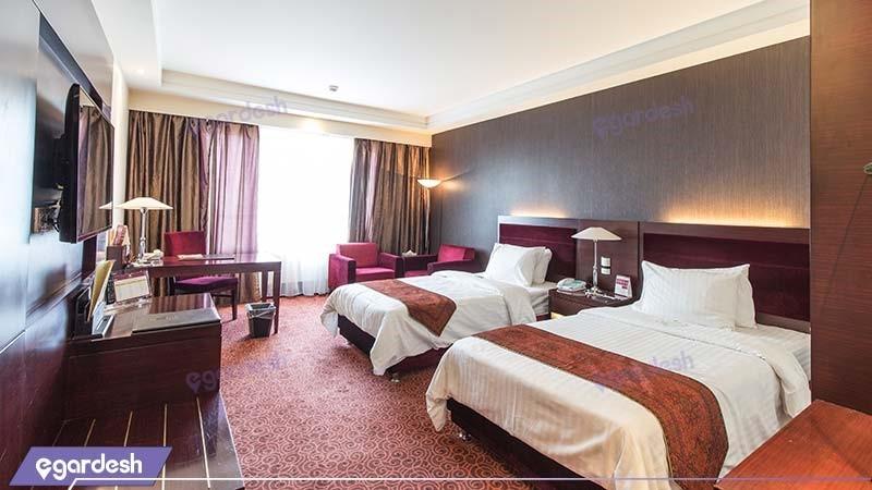 اتاق دو تخته هتل پارسیان آزادی تهران