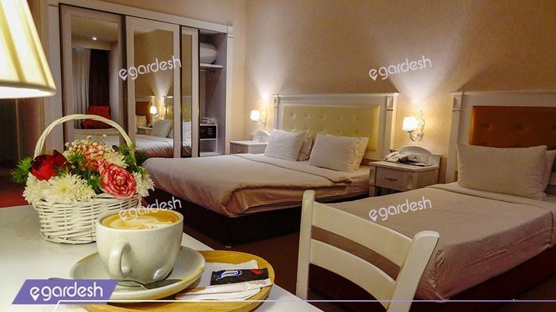 اتاق سه تخته هتل پرشین پلازا