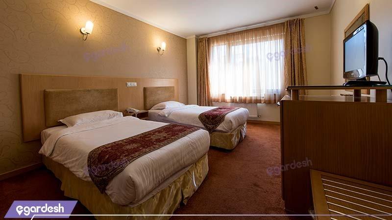 اتاق دو نفره هتل ساینا