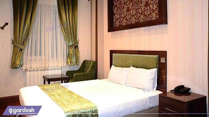 اتاق سه تخته هتل شهریار