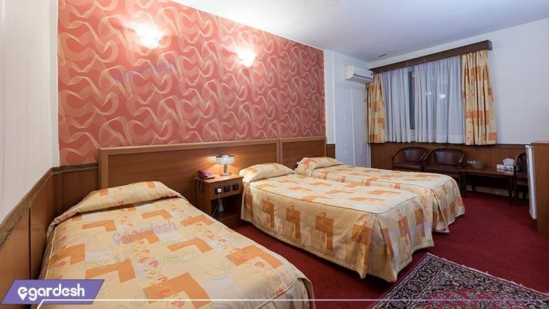 اتاق سه تخته هتل شیراز
