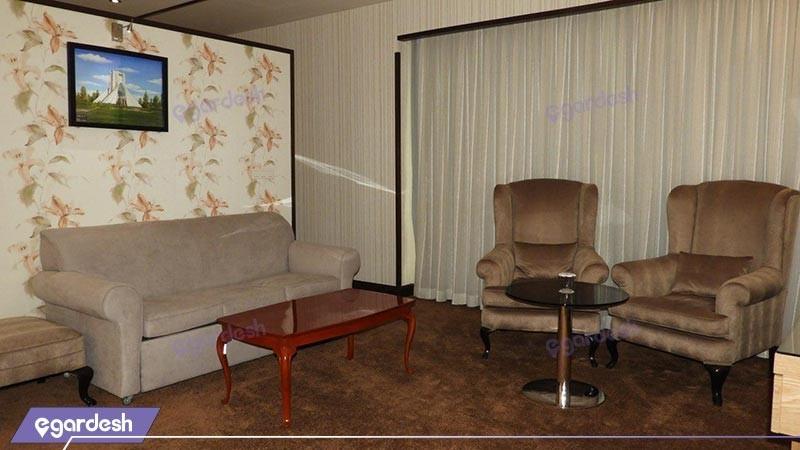 سوئیت امپریال هتل سیمرغ