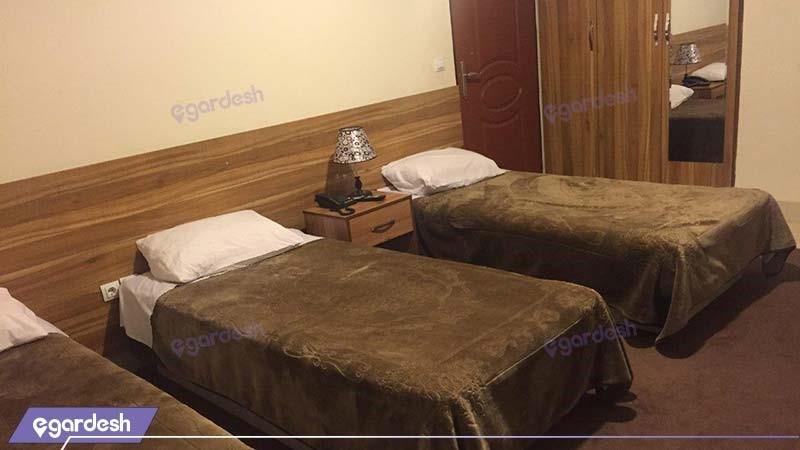 اتاق سه نفره هتل ایران پارک