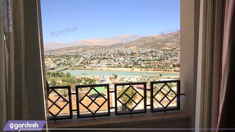 نمای هتل پارسیان آزادی یاسوج