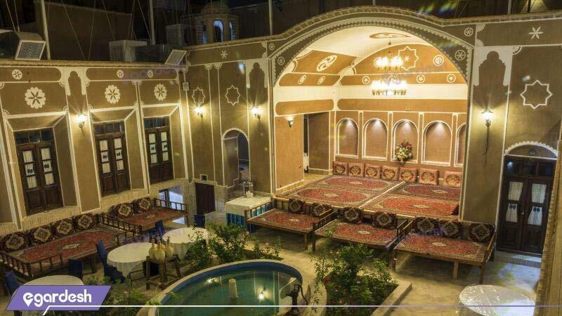 رستوران فضای باز هتل فیروزه
