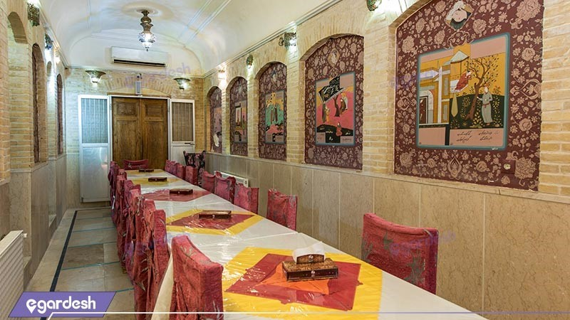 رستوران هتل سنتی ملک التجار