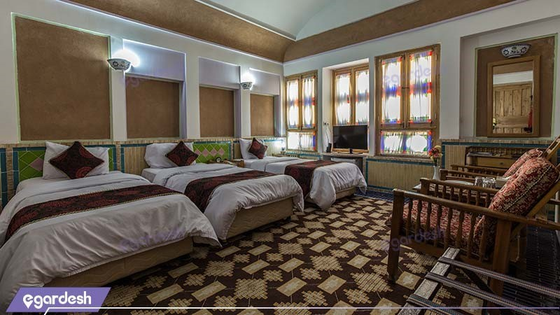 اتاق سه تخته هتل باغ مشیرالممالک