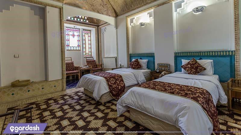 اتاق دو تخته هتل باغ مشیرالممالک