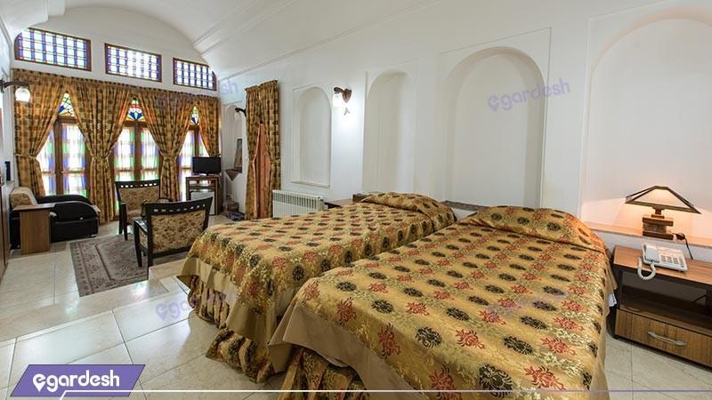 اتاق دو تخته توئین هتل سنتی مظفر