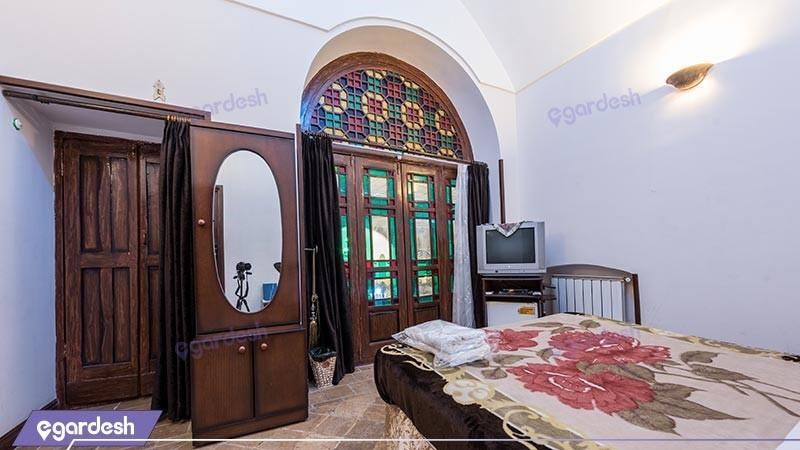 اتاق یک تخته هتل سنتی رز