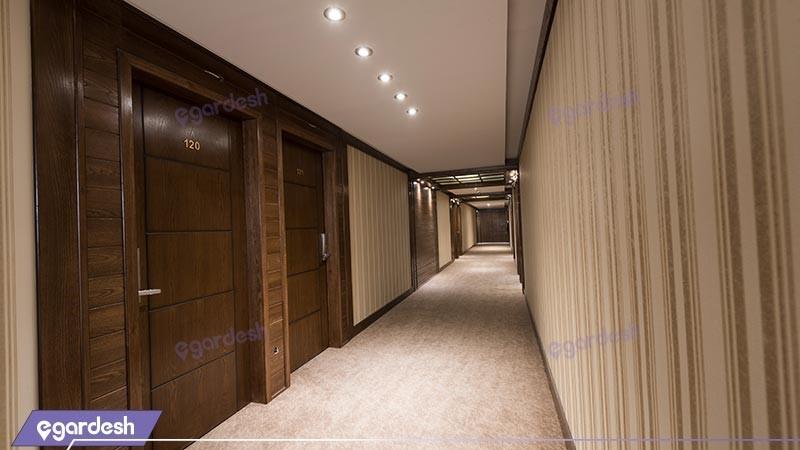 راهرو هتل زنبق