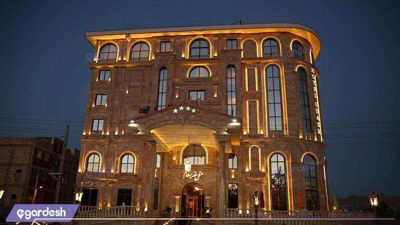 نمای هتل قصر