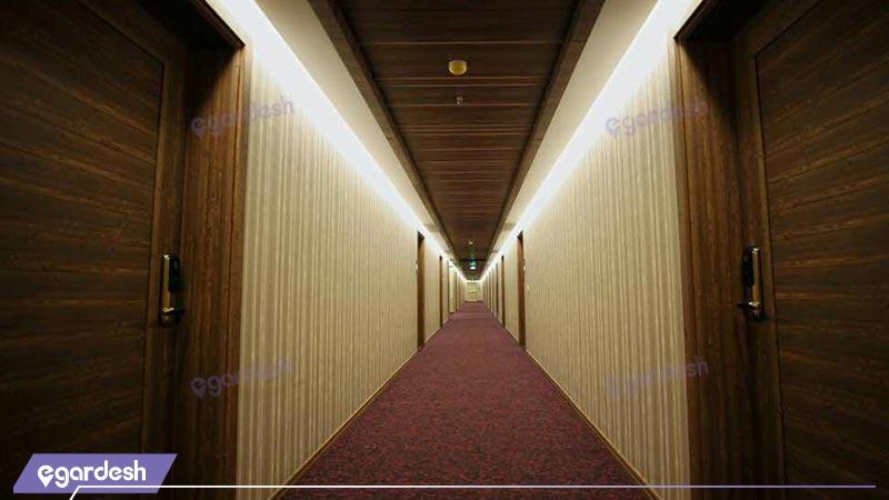 راهرو هتل کتیبه